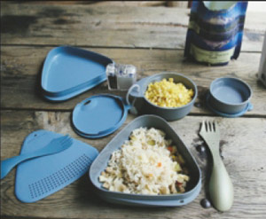 The Outdoor Meal Kit is perfect for dinner in the field